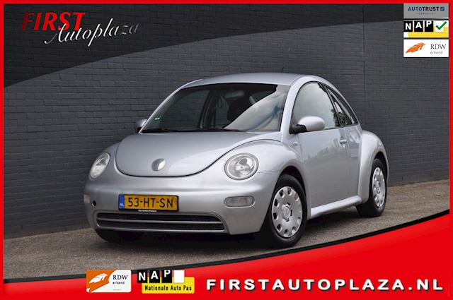Volkswagen New Beetle 1.6 Highline AIRCO/CRUISE NETTE AUTO !