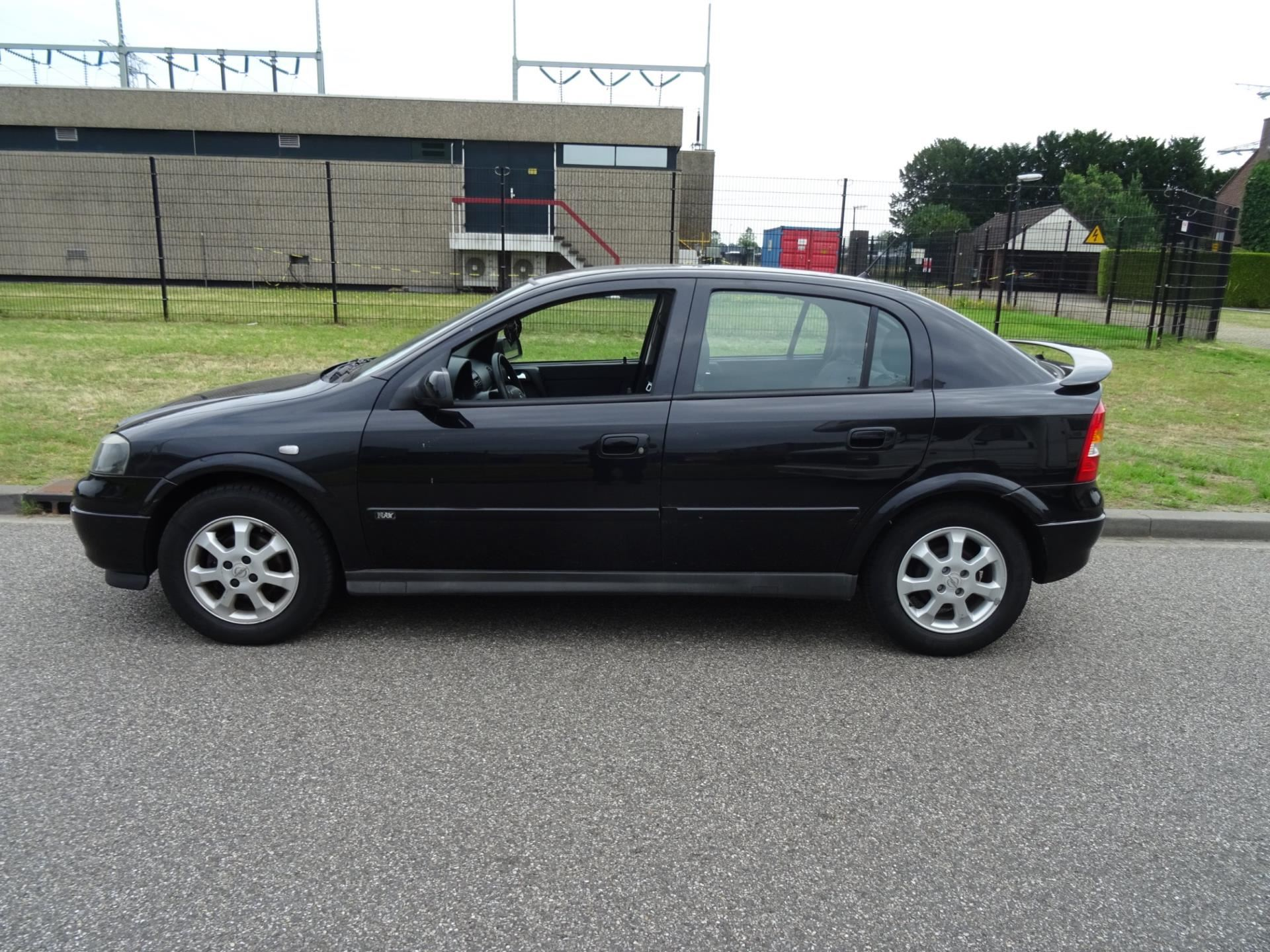 Opel Astra occasion - Autopark Brabant