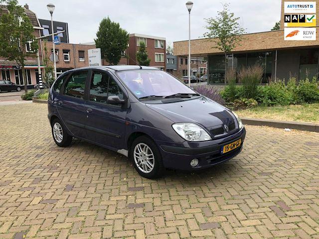 Renault Scénic 1.6-16V