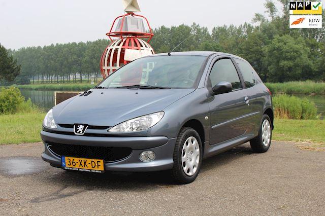 Peugeot 206 1.4 Forever *Dist VV