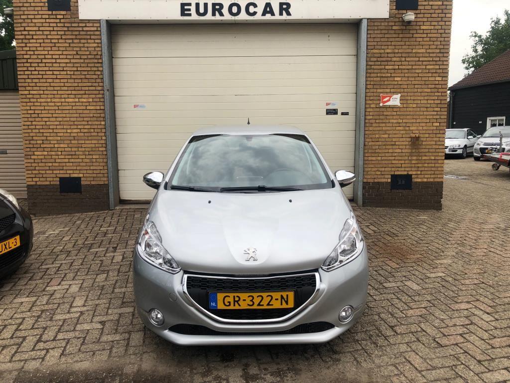Peugeot 208 occasion - Eurocar