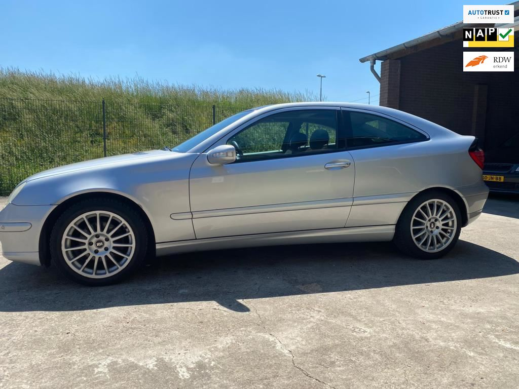 Mercedes-Benz C-klasse Sportcoupé occasion - Handelsonderneming Autohandel Konings
