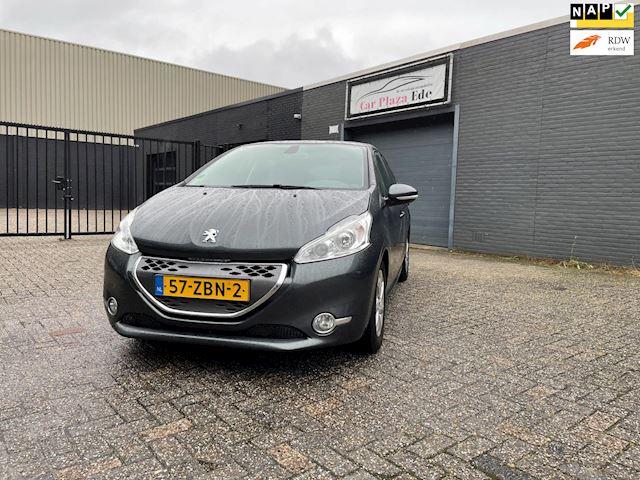 Peugeot 208 1.4 e-HDi Active Aut. Clima Cruise Navi PDC LM-Wielen APK NAP.