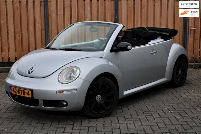 Volkswagen New Beetle Cabriolet 2.0 Highline CABRIO | AIRCO | LM VELGEN |APK 2022 | 2 SLEUTELS
