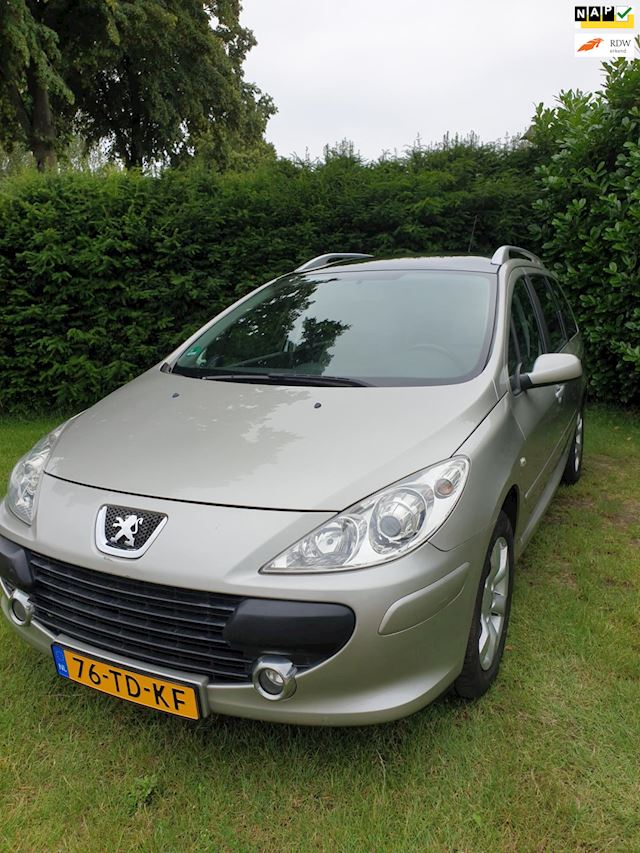 Peugeot 307 SW 2.0-16V Pack