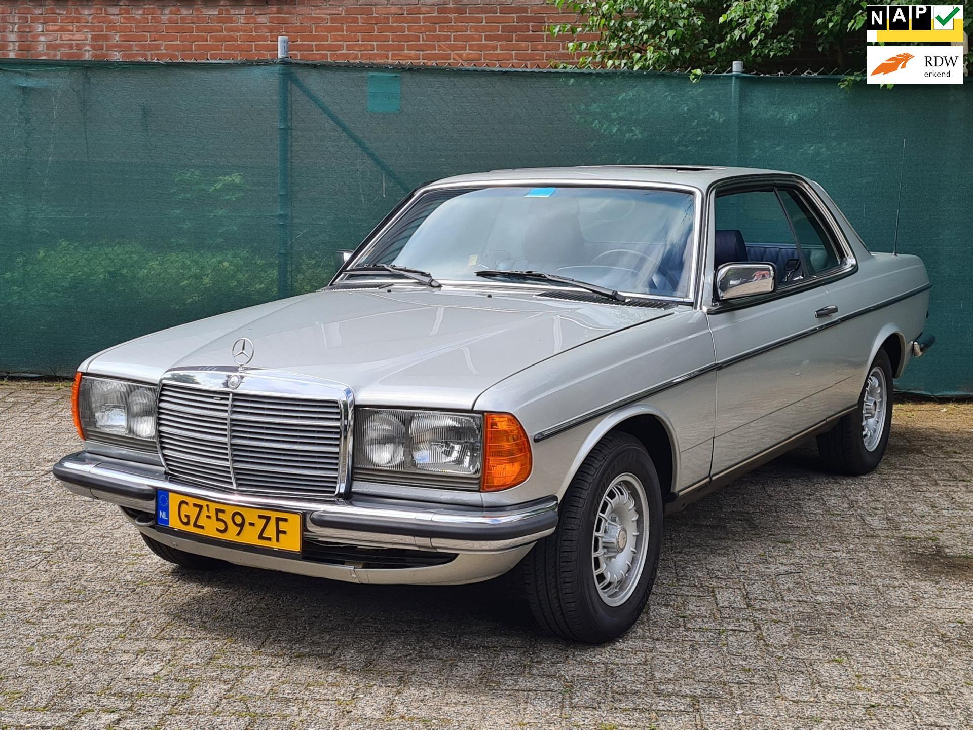 Mercedes-Benz W123 occasion - Van Krieken Auto's
