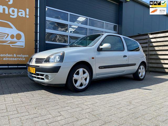 Renault Clio occasion - Jeeninga Auto's