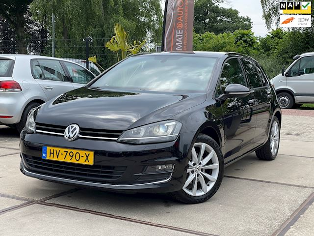 Volkswagen Golf 1.2 TSI Business Edition Connected XENON LED