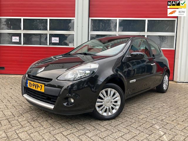 Renault Clio 1.2 16V COLLECTION / AIRCO / KEURIG NETJES