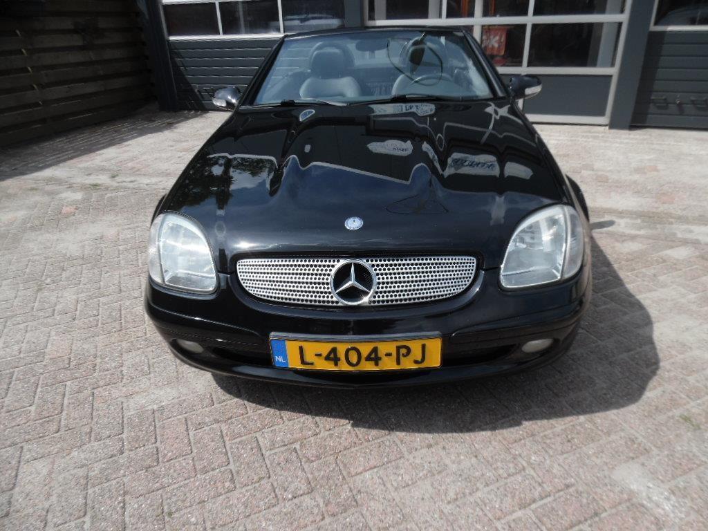 Mercedes-Benz SLK-klasse occasion - Autobedrijf van der Hoek & Alting