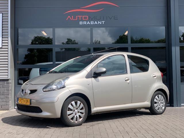 Toyota Aygo occasion - Automotive Brabant