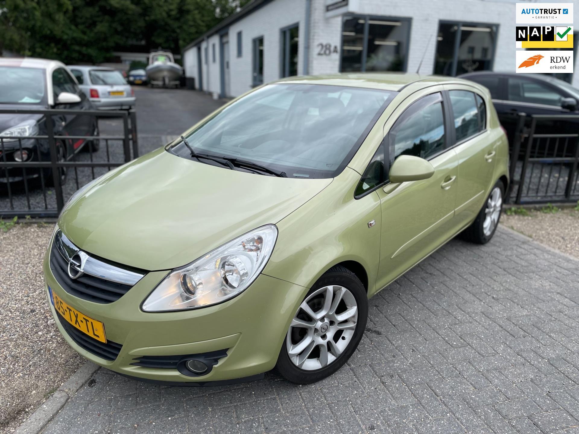Opel Corsa occasion - U.J. Oordt Auto's