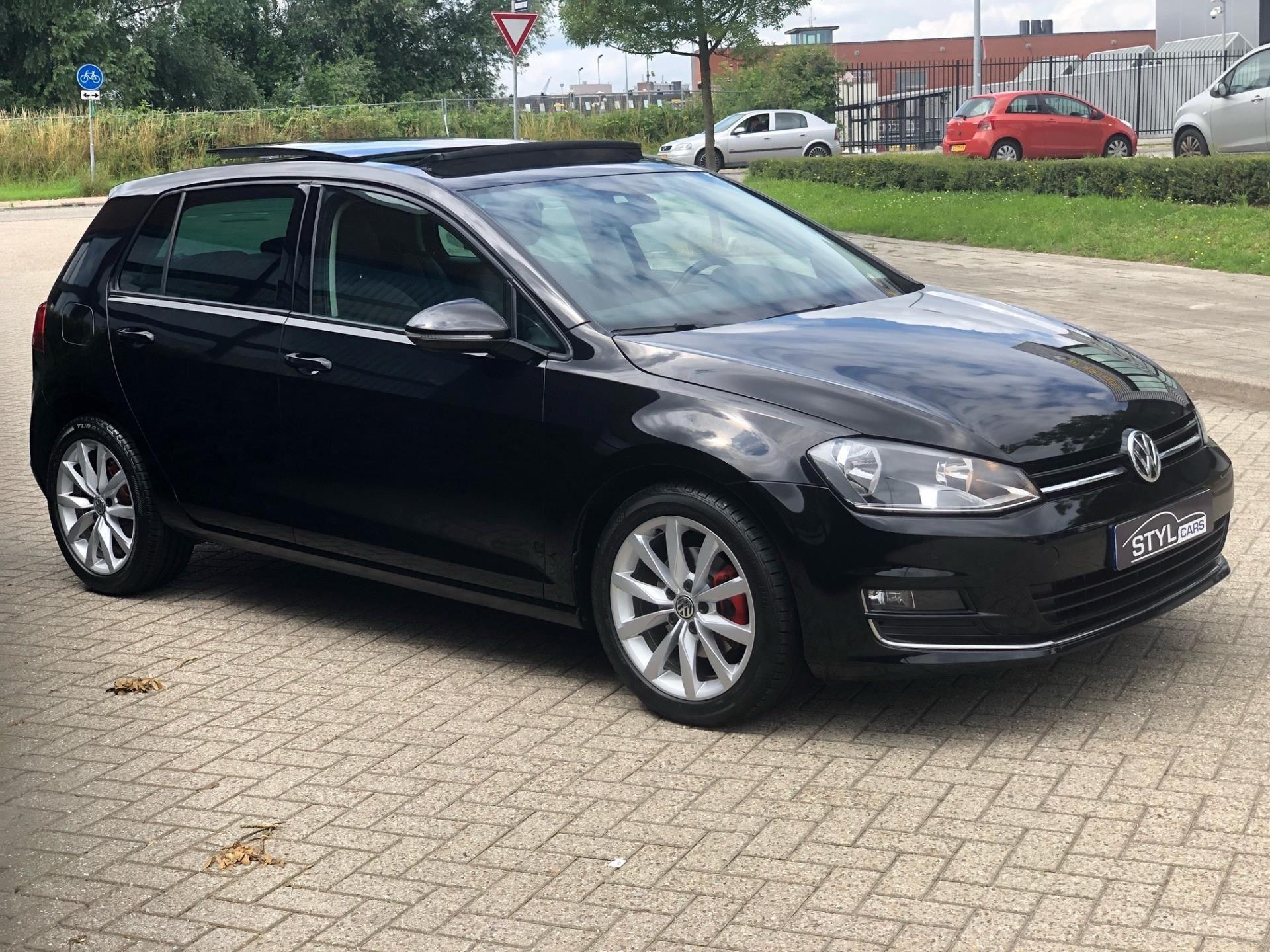 Volkswagen Golf occasion - Styl Cars