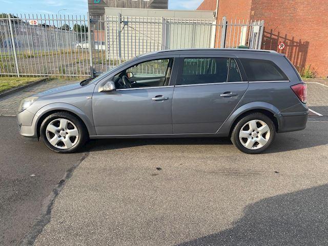 Opel Astra Wagon 1.9 CDTi Executive / automaat