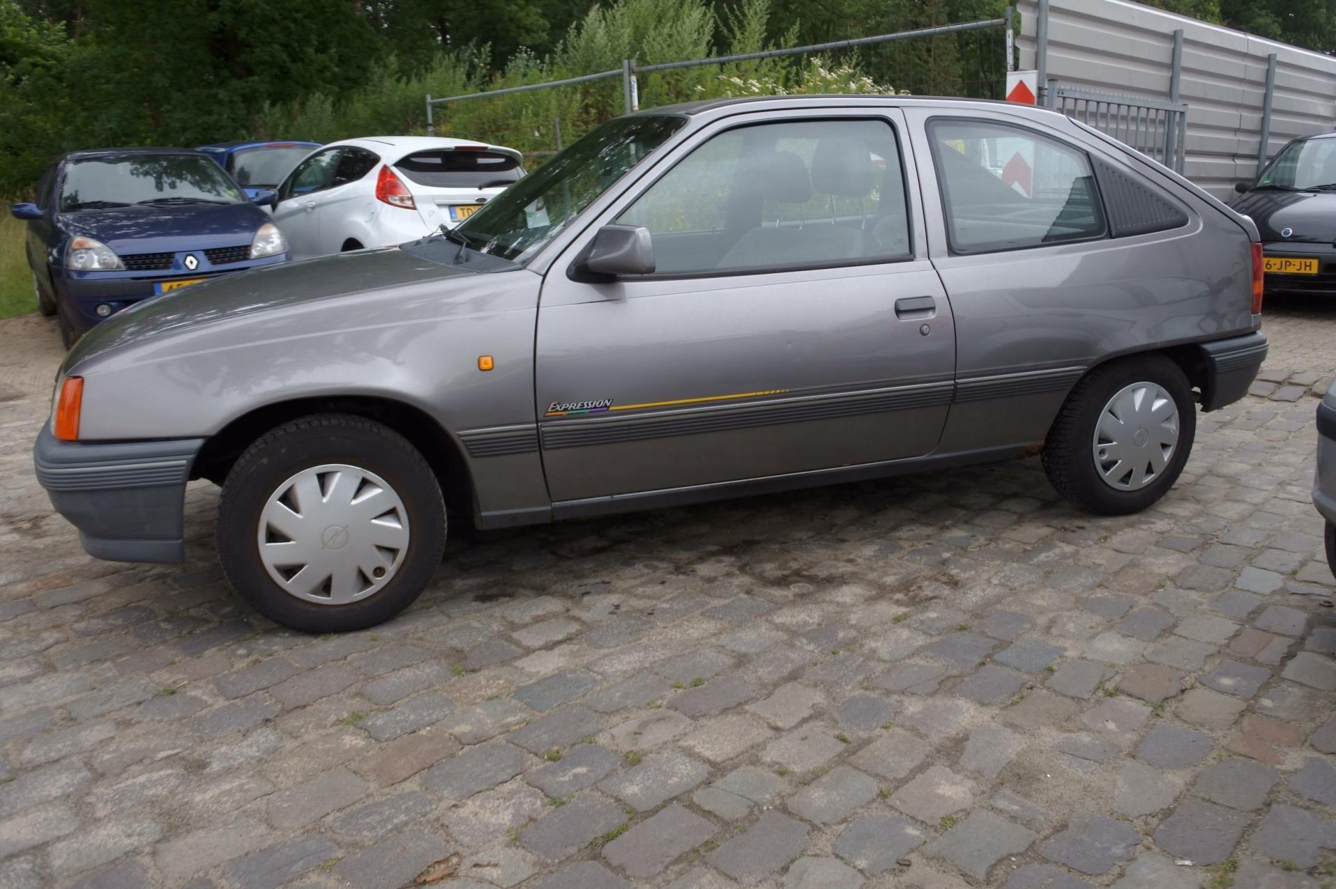 Opel Kadett occasion - Van Keulen Auto's