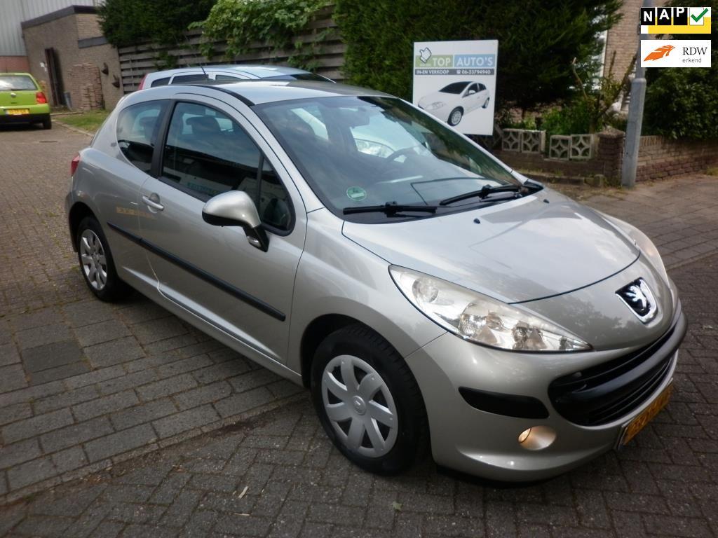 Peugeot 207 occasion - Autobedrijf in en verkoop auto's Evert van den Top