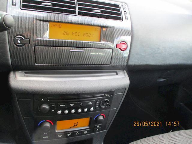 Citroen C4 Coupé 1.4-16V Image