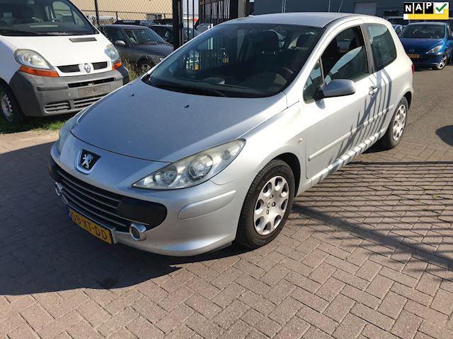 Peugeot 307 1.6-16V Oxygo Euro4  Info:0655357043