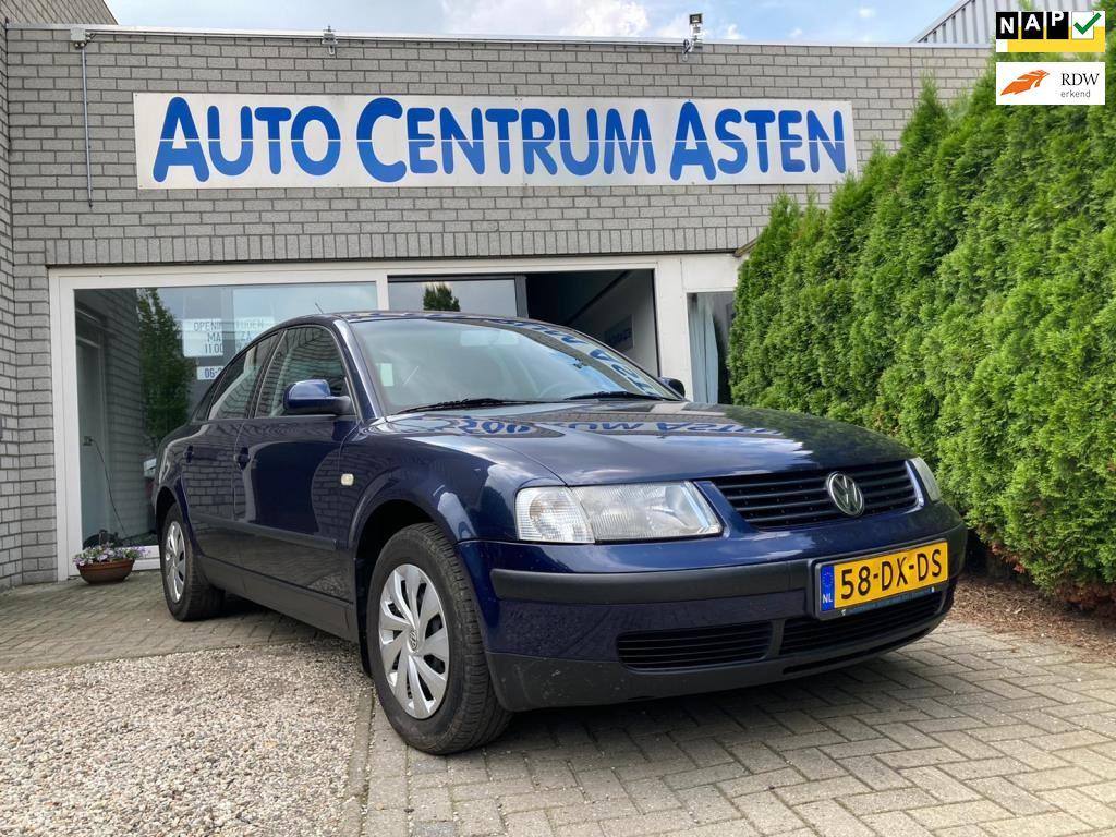 Volkswagen Passat occasion - Auto Centrum Asten