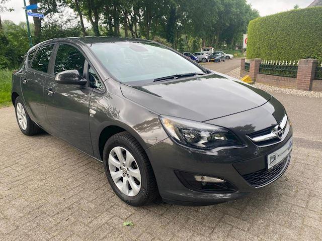 Opel Astra 1.4 Design Edition 84000km half leer vol opties