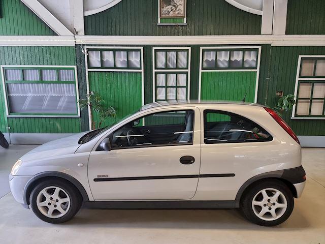 Opel Corsa 1.2-16V Sport / Automaat