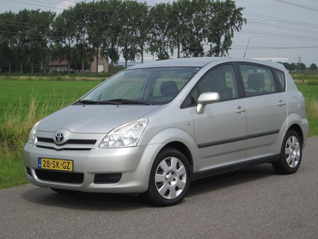 Toyota Corolla Verso 1.8 VVT-i Terra 7p. Met Airco/Elektr ramen/Trekhaak