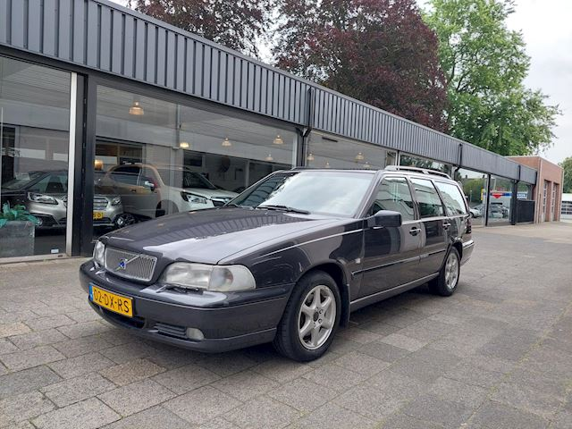 Volvo V70 2.4 Europa Automaat/Clima/Cruise/15
