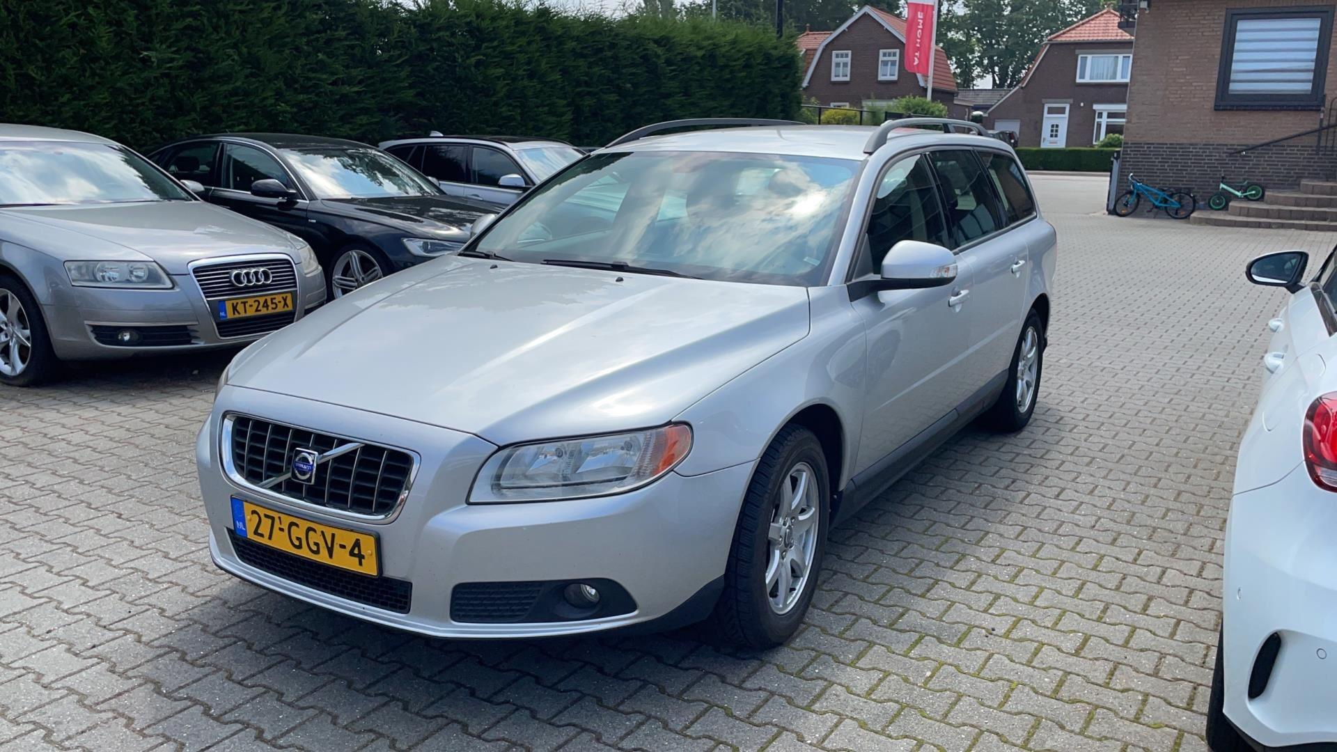 Volvo V70 occasion - Dealer Outlet Cuijk b.v.