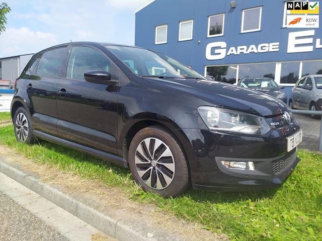 Volkswagen Polo 1.4 TDI BlueMotion luxe uitrusten: parkeersensoren V & A - subwoofer - navi