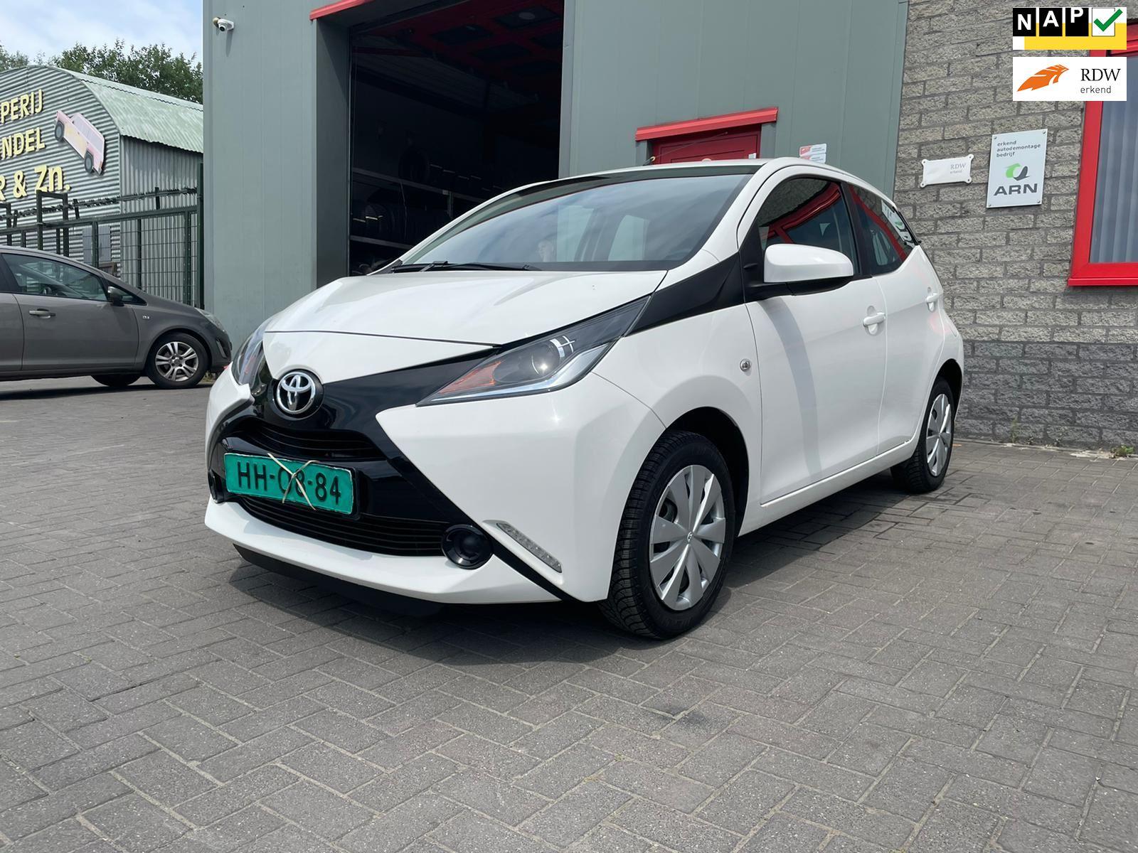 Toyota Aygo occasion - Autobedrijf Tommie Weber & zn.