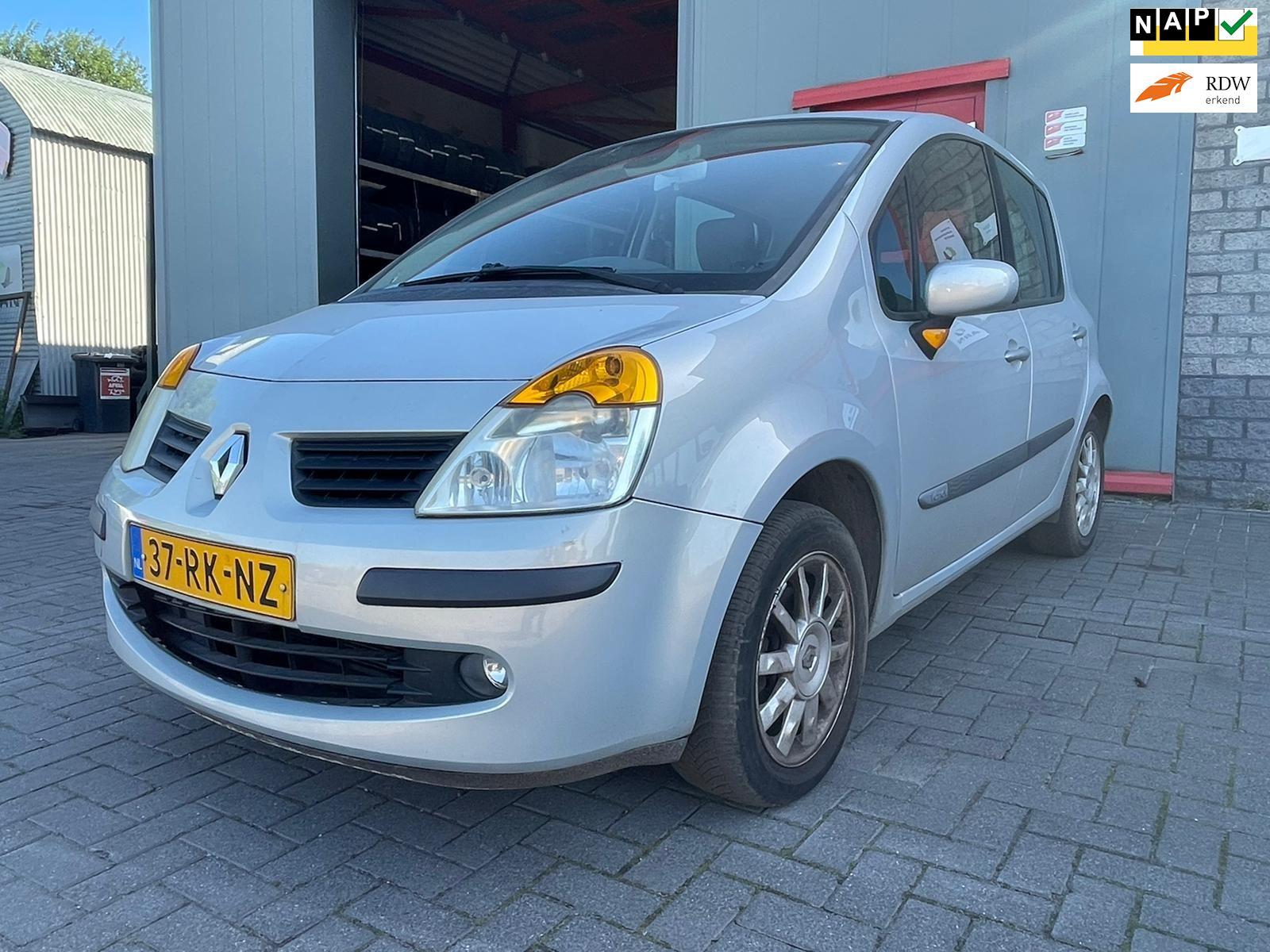Renault Modus occasion - Autobedrijf Tommie Weber & zn.