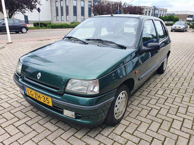 Renault Clio 1.4 RT Nieuwe APK! Automaat!!