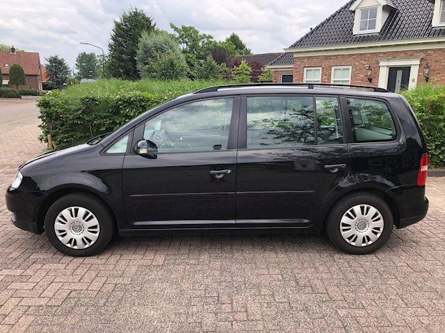 Volkswagen Touran 1.6-16V FSI Business airco / apk 09-07-2022
