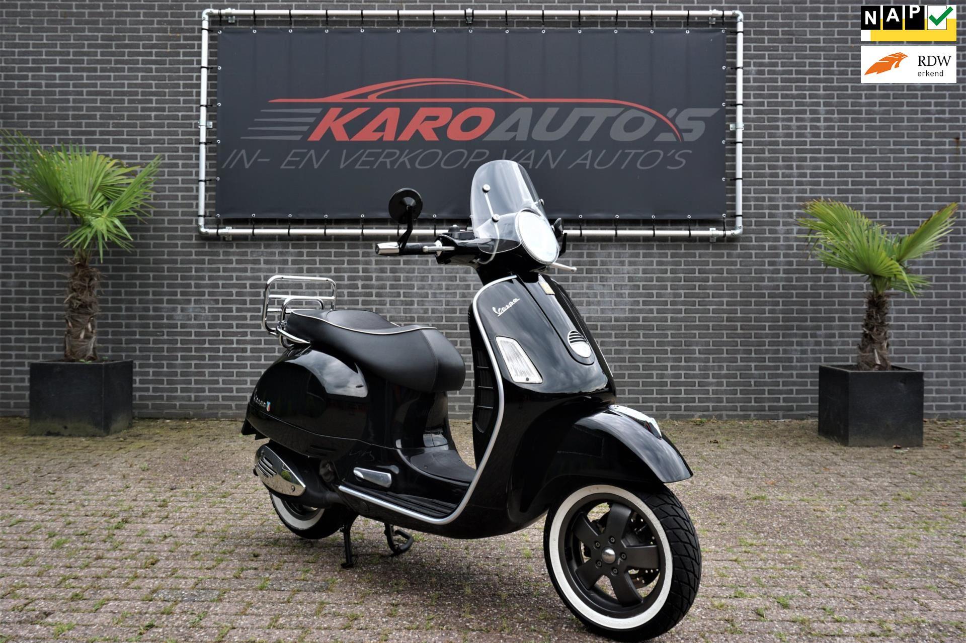 Vespa Scooter occasion - KARO Auto's