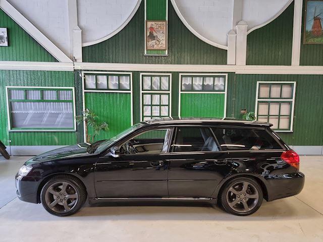 Subaru Legacy 3L 4x4 Youngtimer / Panorama / Automaat / Trekhaak