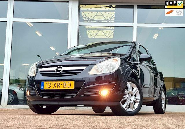 Opel Corsa 1.4i 16V Cosmo Vol automaat!! Mooi!