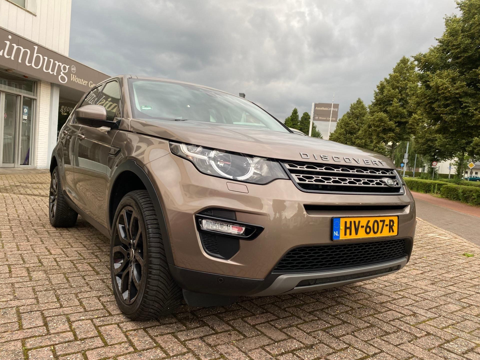 Land Rover Discovery Sport occasion - AutoHuisLimburg