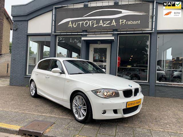 BMW 1-serie 116i / M LINE/ CLIMAT/ LEDER/ XENON/ CRUISE/ PDC