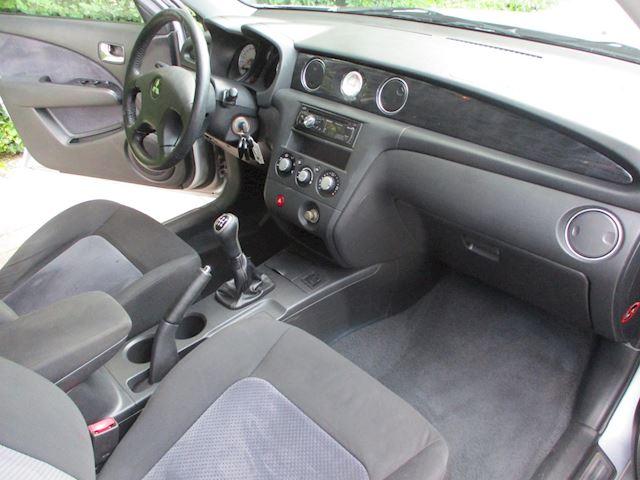Mitsubishi Outlander 2.4 Sport 4WD