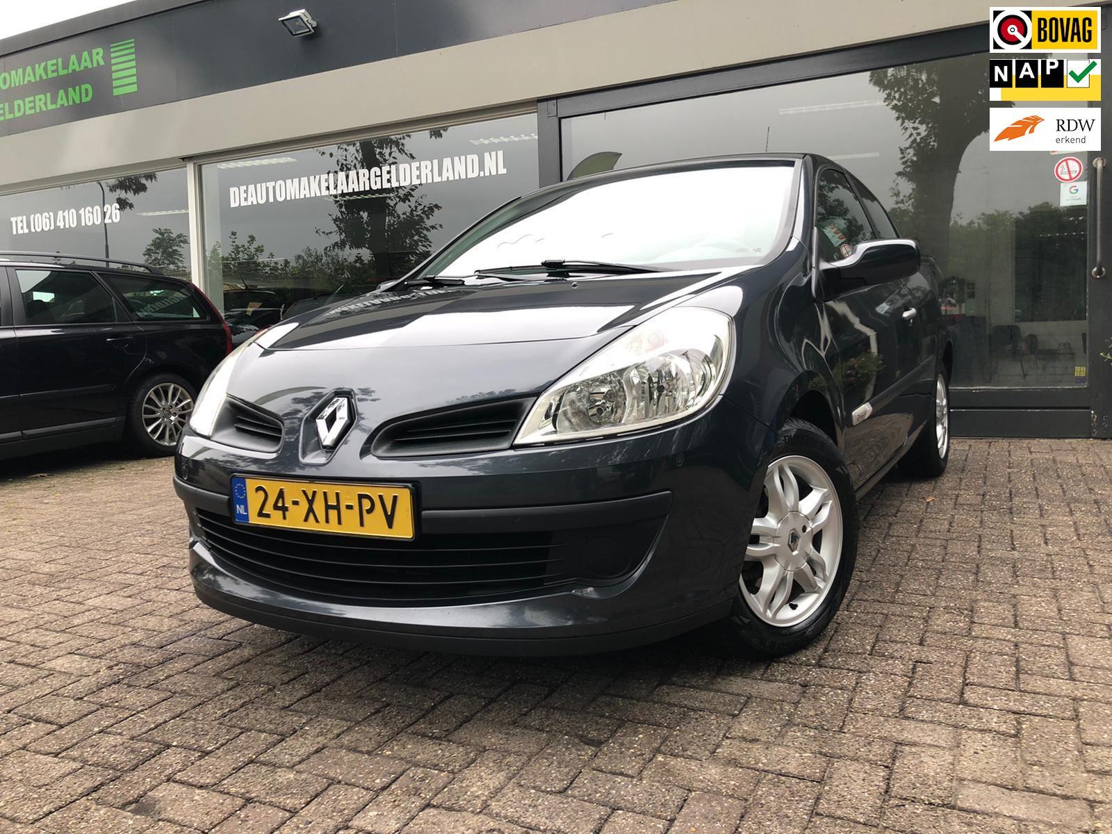 Renault Clio occasion - De Automakelaar Gelderland