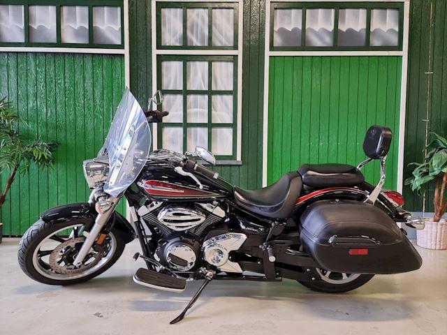 Yamaha Chopper XVS 950A Midnight Star / Windscherm / Kofferset / Garantie