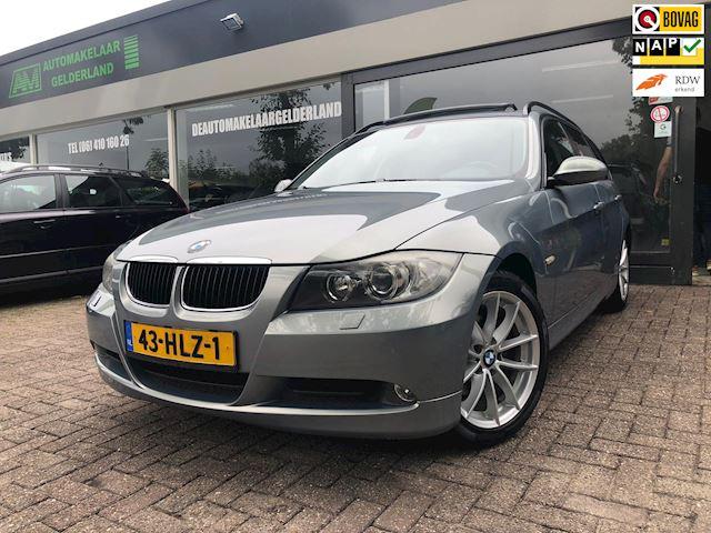 BMW 3-serie Touring 318i Nw Apk/Airco/Xenon/Panodak/LMV