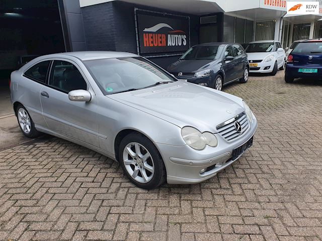 Mercedes-Benz C-klasse Sportcoupé 200 COMP.2002 136717KM VOL LEER nw apk 2e eign.