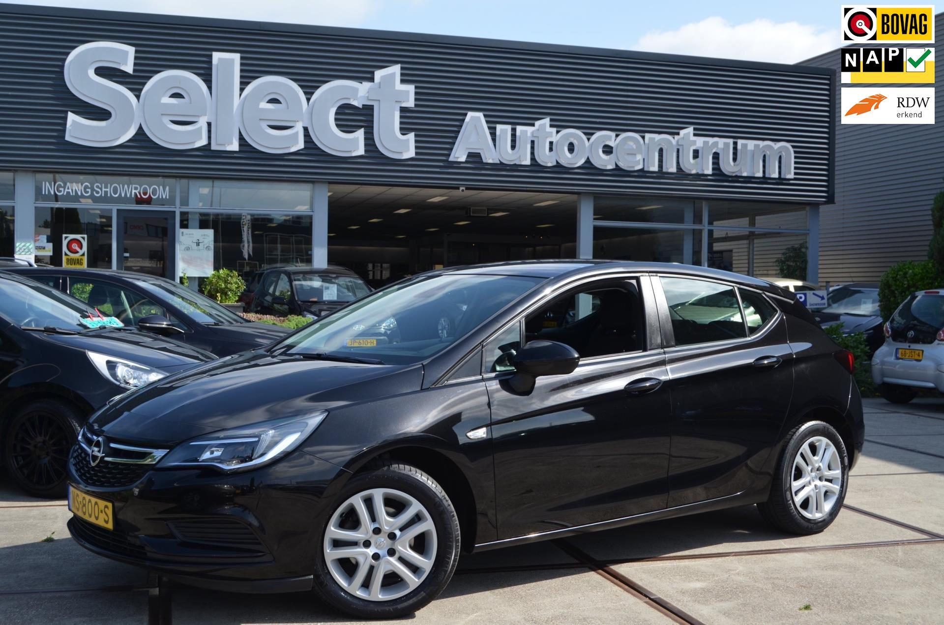 Opel Astra occasion - Select Autocentrum