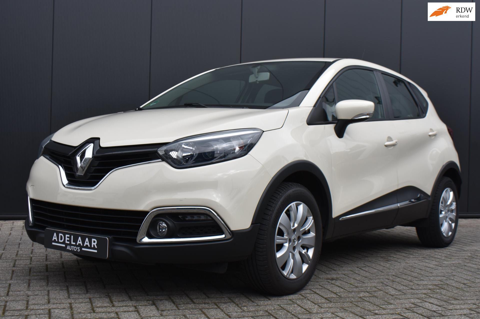 Renault Captur occasion - Car Gallery de Adelaar