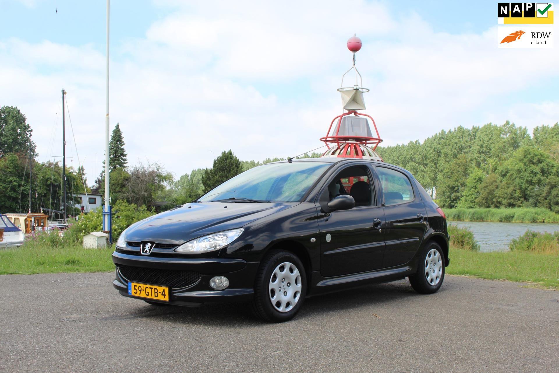 Peugeot 206 occasion - Van Vliet Auto's