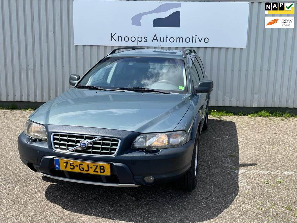 Volvo XC70 Cross Country occasion - Knoops Automotive