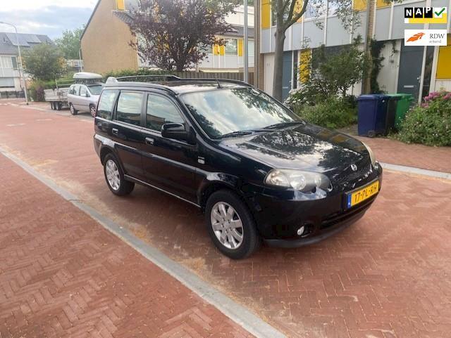 Honda HR-V Airco / 4X wiel aandrijving / 1.6i 4WD VTEC / Mooie auto / Nieuw APK