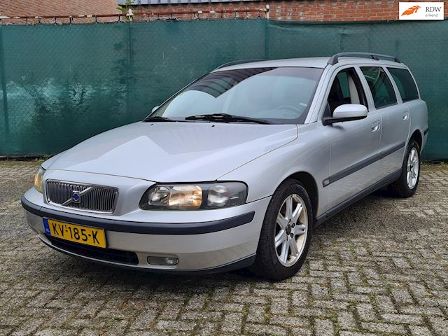 Volvo V70 2.4 D5 Geartronic Edition II *I.Z.G.ST.*