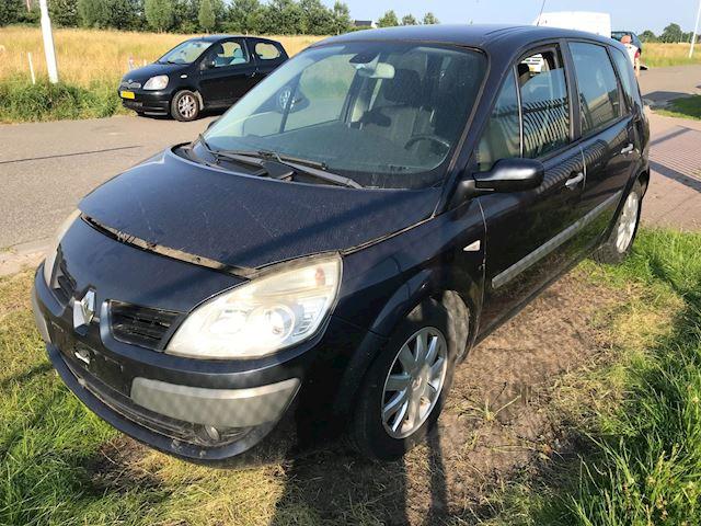 Renault Scénic 1.9 dCi Business Line